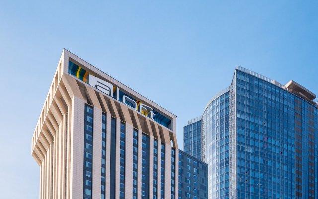 Гостиница Aloft Kiev вид на фасад