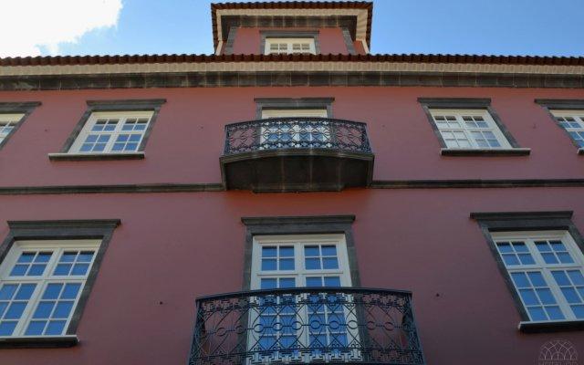 Отель Do Colégio Португалия, Понта-Делгада - отзывы, цены и фото номеров - забронировать отель Do Colégio онлайн вид на фасад