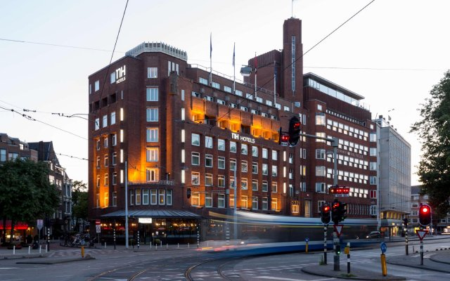 Отель Nh Amsterdam Centre Амстердам вид на фасад