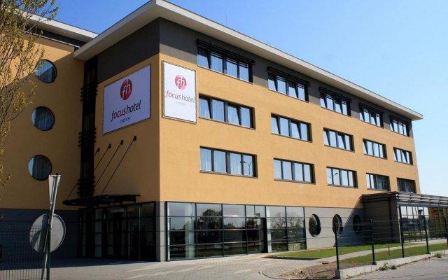 Отель Focus Gdańsk Польша, Гданьск - 11 отзывов об отеле, цены и фото номеров - забронировать отель Focus Gdańsk онлайн вид на фасад