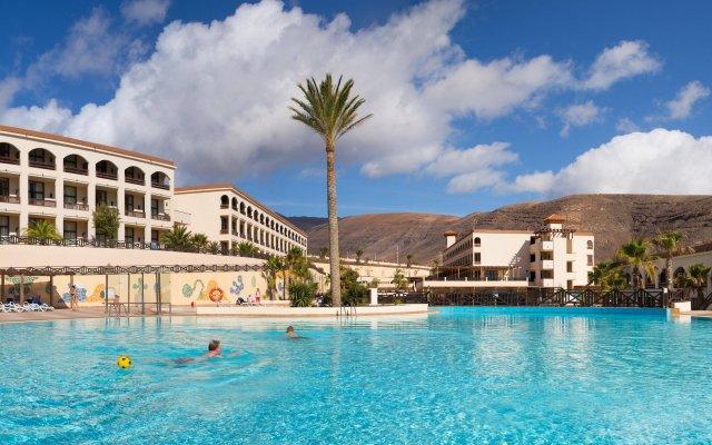 Отель Jandia Golf Испания, Джандия-Бич - отзывы, цены и фото номеров - забронировать отель Jandia Golf онлайн вид на фасад