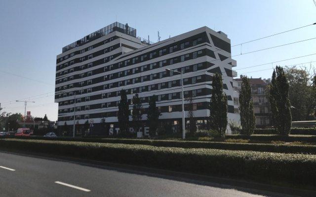 Отель Starter вид на фасад