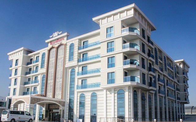 Budan Thermal Spa Hotel & Convention Center вид на фасад