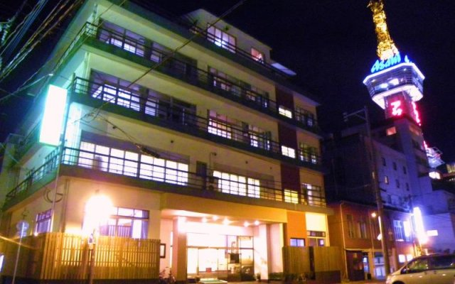 Hotel Rinkai Беппу вид на фасад