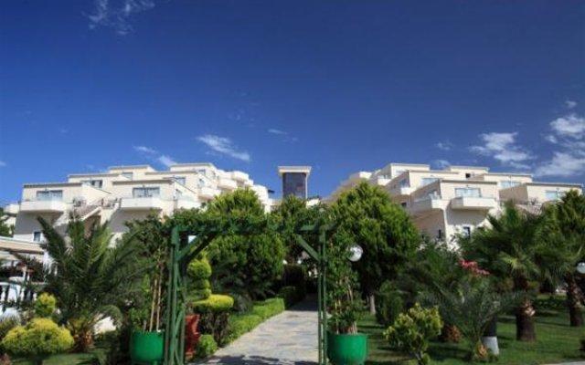 Отель Golden Age Bodrum - All Inclusive вид на фасад