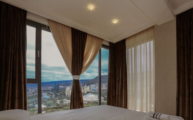 Апартаменты Hosthub - 2BR Super view Apartment Тбилиси