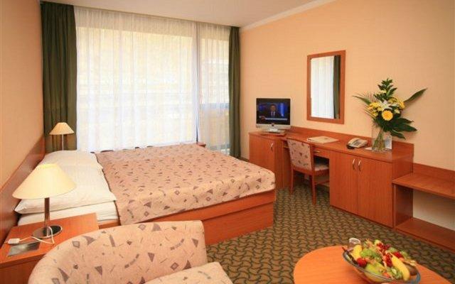 Spa Hotel Thermal Карловы Вары комната для гостей