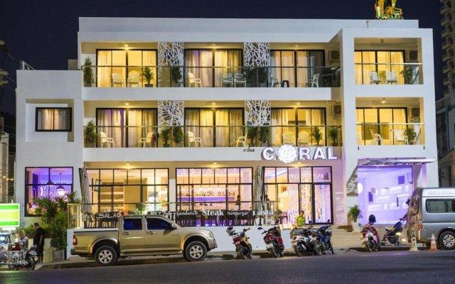 Отель Coral Inn вид на фасад