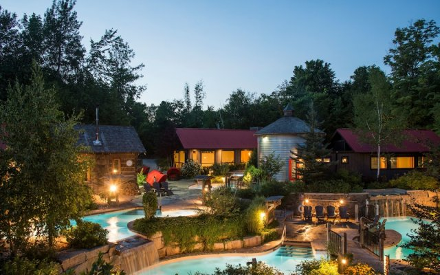 Отель Blue Mountain Resort вид на фасад