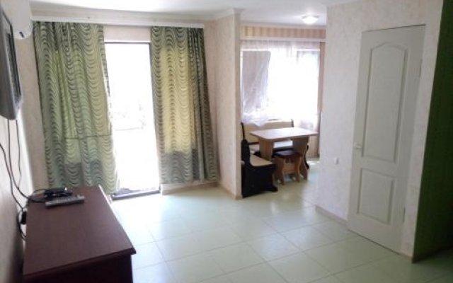 Гостиница on Svobody 85 Украина, Бердянск - отзывы, цены и фото номеров - забронировать гостиницу on Svobody 85 онлайн комната для гостей
