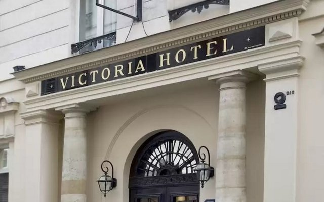 Отель Hôtel Victoria вид на фасад