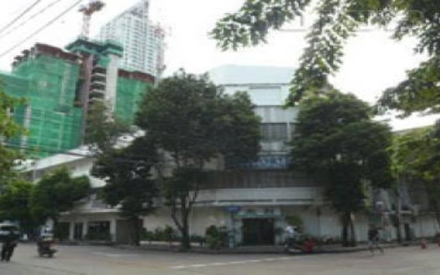 Отель Niagara Bangkok Бангкок вид на фасад