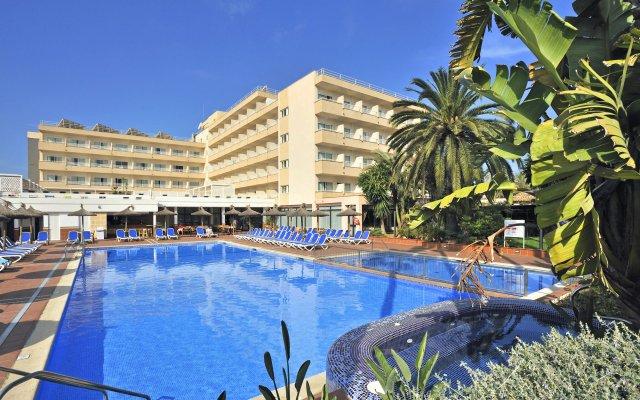 Globales Santa Ponsa Park Hotel вид на фасад