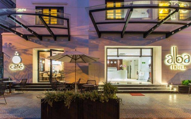 Отель Alba Hotel Вьетнам, Хюэ - 1 отзыв об отеле, цены и фото номеров - забронировать отель Alba Hotel онлайн вид на фасад