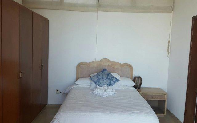 Отель Brujas-maravillosa Habitación 2p en Mazatlán комната для гостей