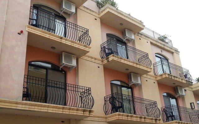 Отель Akwador Guest House Мальта, Марсаскала - отзывы, цены и фото номеров - забронировать отель Akwador Guest House онлайн вид на фасад