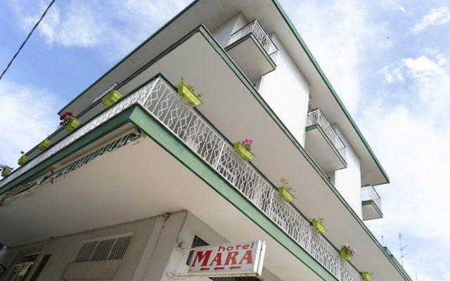 Hotel Mara вид на фасад