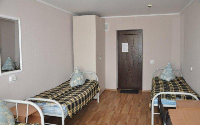 Отель Obschezhitie Gostinichnogo Tipa Akademiya Новосибирск комната для гостей
