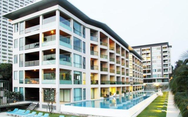 Отель Ananya Beachfront Condominium вид на фасад