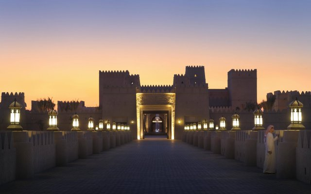 Отель Anantara Qasr Al Sarab Resort And Spa Оазис Лива вид на фасад