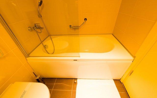 Water Planet Hotel & Aqua Park Турция, Окурджалар - отзывы, цены и фото номеров - забронировать отель Water Planet Hotel & Aqua Park - All Inclusive онлайн ванная