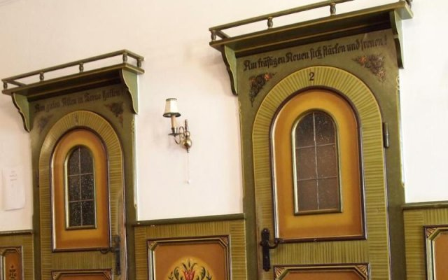Отель Schwarzes Rossl Зальцбург вид на фасад