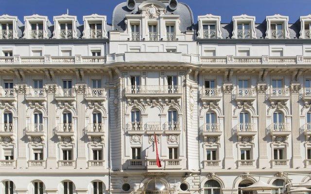 Отель Boscolo Exedra Nice, Autograph Collection Франция, Ницца - 9 отзывов об отеле, цены и фото номеров - забронировать отель Boscolo Exedra Nice, Autograph Collection онлайн вид на фасад