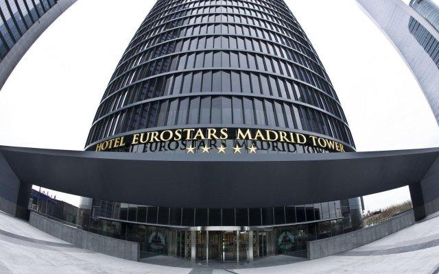 Отель Eurostars Madrid Tower Мадрид вид на фасад