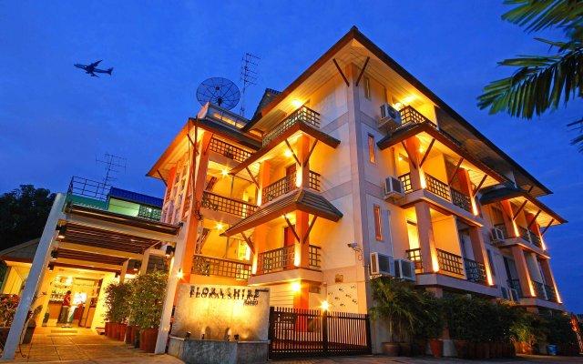 Отель Floral Shire Resort вид на фасад