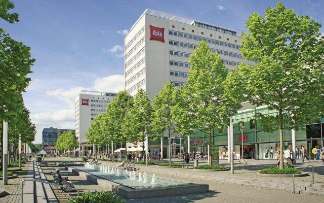 Отель ibis Dresden Zentrum вид на фасад