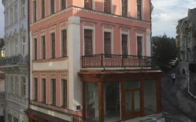 Отель Pension Asila вид на фасад