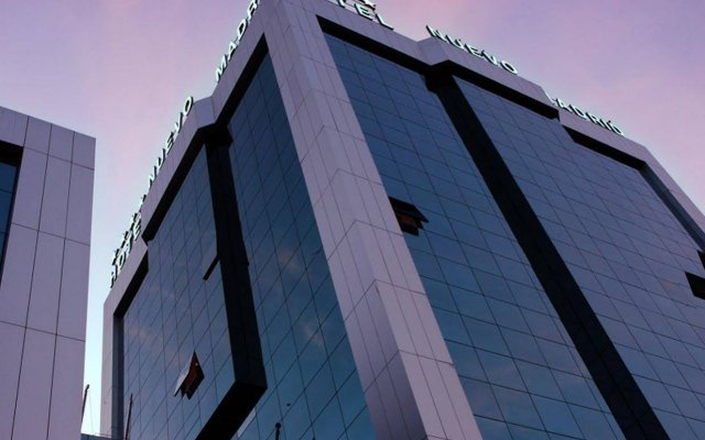 Отель Nuevo Madrid Мадрид вид на фасад