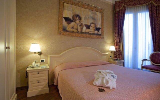Отель Terme Roma Италия, Абано-Терме - 2 отзыва об отеле, цены и фото номеров - забронировать отель Terme Roma онлайн вид на фасад