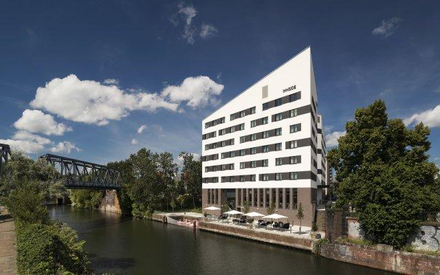 Отель INNSIDE by Meliá Hamburg Hafen вид на фасад