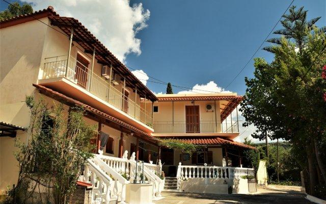 Petros Giatras - Rooms