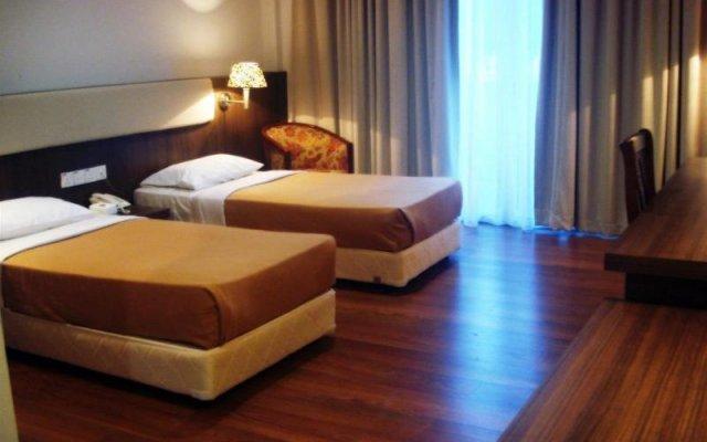 Plumeria Scout Hotel
