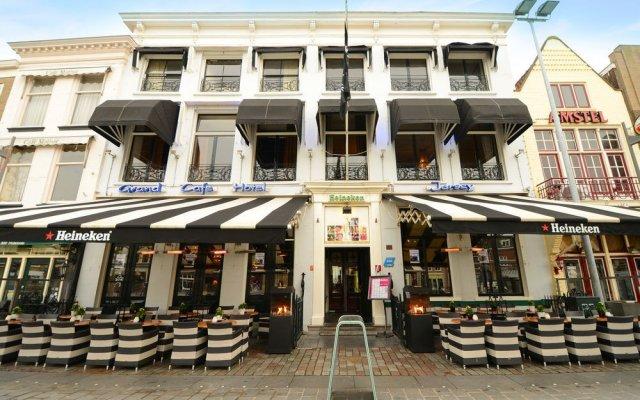 Отель Amadore Stadshotel Goes Нидерланды, Гоес - отзывы, цены и фото номеров - забронировать отель Amadore Stadshotel Goes онлайн вид на фасад