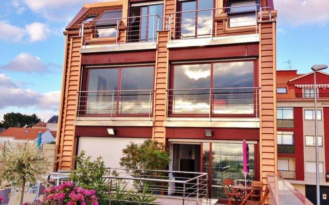 Отель Apartamentos Turísticos Puerto Basella Испания, Вильянуэва-де-Ароса - отзывы, цены и фото номеров - забронировать отель Apartamentos Turísticos Puerto Basella онлайн вид на фасад