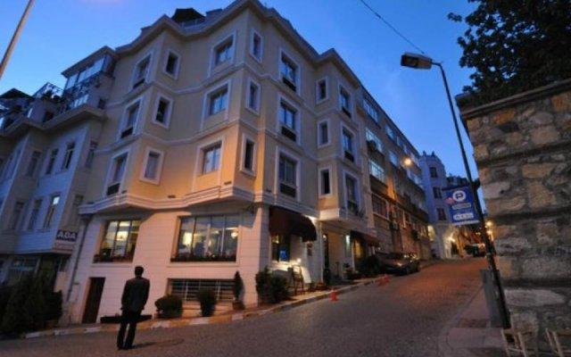 Отель Daphne вид на фасад