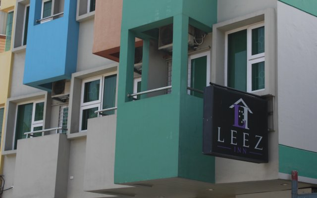 Отель Leez Inn Филиппины, Манила - отзывы, цены и фото номеров - забронировать отель Leez Inn онлайн вид на фасад