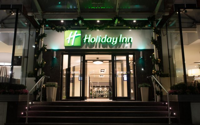 Отель Holiday Inn London - Kensington Лондон вид на фасад