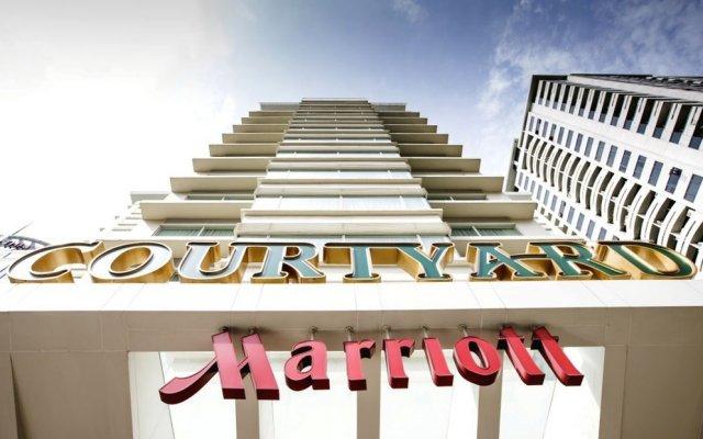 Отель Courtyard By Marriott Бангкок вид на фасад