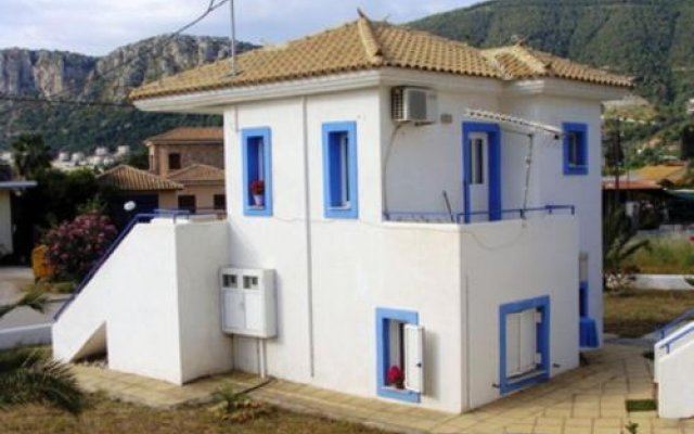 Отель Avra Греция, Паралия Каллонис - отзывы, цены и фото номеров - забронировать отель Avra онлайн вид на фасад