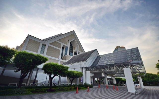 Отель Blissotel Ratchada Таиланд, Бангкок - отзывы, цены и фото номеров - забронировать отель Blissotel Ratchada онлайн вид на фасад