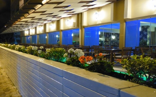 Mert Seaside Hotel - All Inclusive вид на фасад