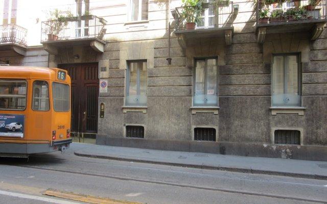 Отель B&B Bacio di Dama вид на фасад