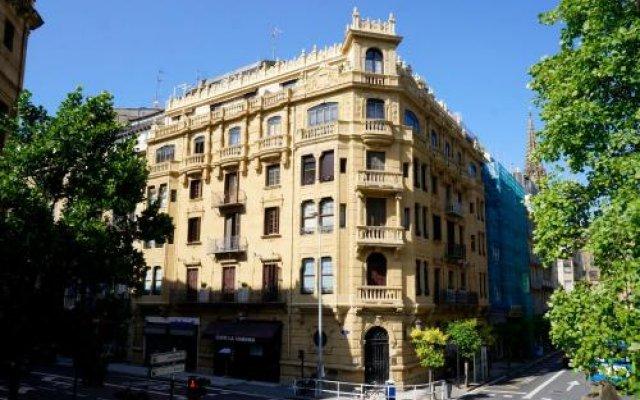 Отель Loaldia Испания, Сан-Себастьян - отзывы, цены и фото номеров - забронировать отель Loaldia онлайн вид на фасад
