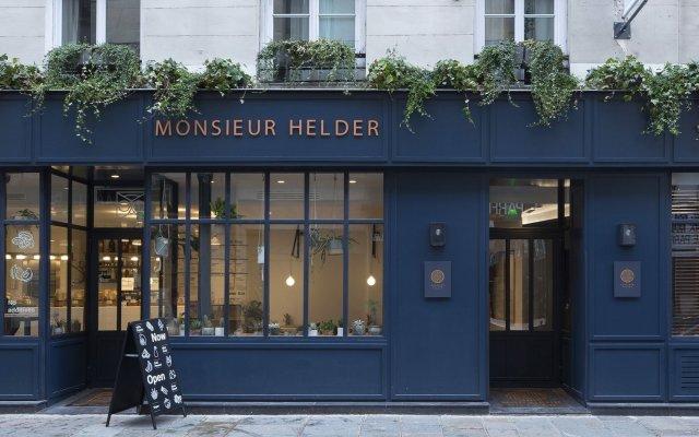 Отель Monsieur Helder вид на фасад