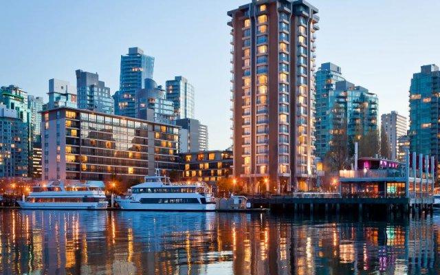 Отель The Westin Bayshore Vancouver Канада, Ванкувер - отзывы, цены и фото номеров - забронировать отель The Westin Bayshore Vancouver онлайн вид на фасад