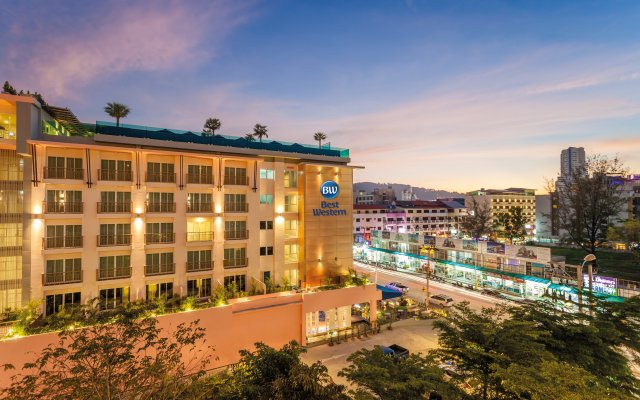 Отель Best Western Patong Beach вид на фасад